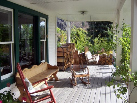 Methow Valley Inn - Contact the Inn